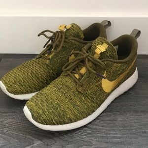 Nike Flyknit Roshe - Limited Edition